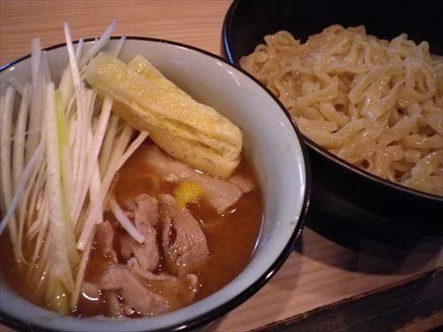 【急募】新宿あたりで一番うまい ラーメン、つけ麺教えろ
