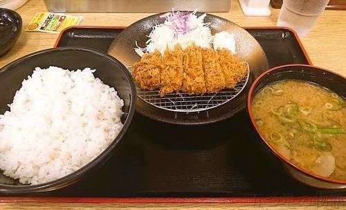 松乃家の朝ロースカツ定食(400)円