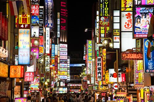 【朗報】歌舞伎町の「ぼったくり」被害 大幅に減少