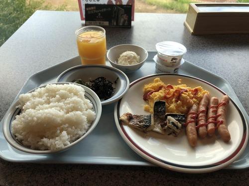 健康ランドに泊まったわいの豪華な朝食