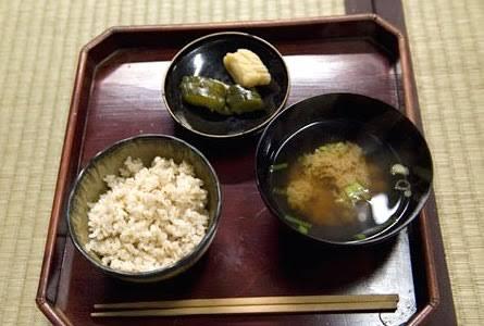 江戸時代の農民の食事を一ヶ月すれば5億円