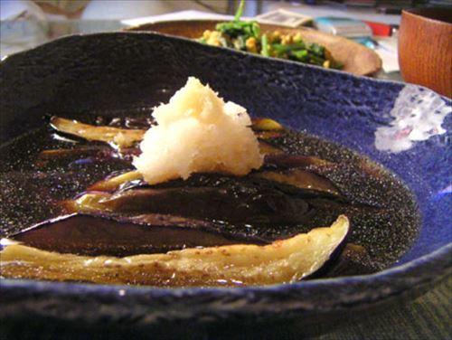 茄子とかいう美味い食べ方が天ぷらしかない一発屋のクソザコ野菜