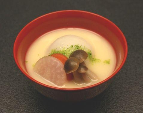 香川の雑煮にはあんこ餅が使われている