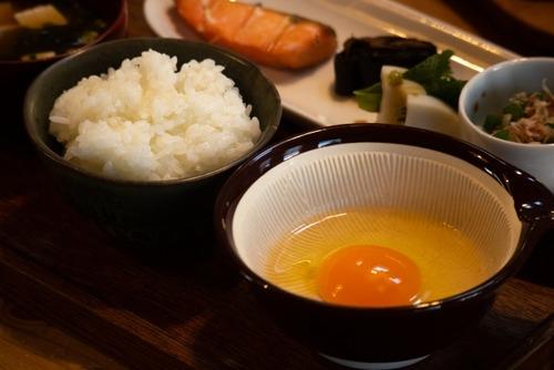 卵かけご飯とかいうアレンジすればするほど不味くなる謎の飯wwwwwwwww