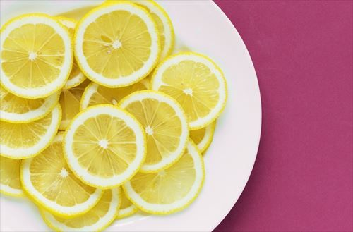 アメリカ医学誌「ビタミン剤は意味ない」俺「へー、吸収率悪いからかな?」医学誌「ビタミンの摂り過ぎは体に悪いから」俺「は?」