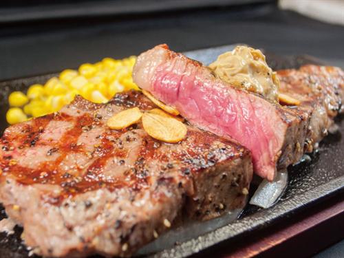 【うどん vs ステーキ】ステーキ専門店「いきなりステーキ」が香川に初上陸 連日行列で1日200キロのお肉を用意