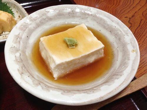お前ら、きぬと木綿豆腐どっちが好き?