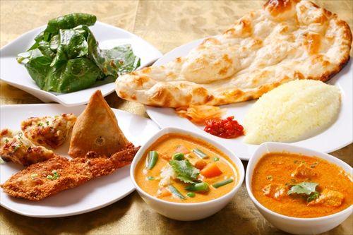 インド料理屋「オマタセ」ワイ(ナンでけえ…)モグモグ