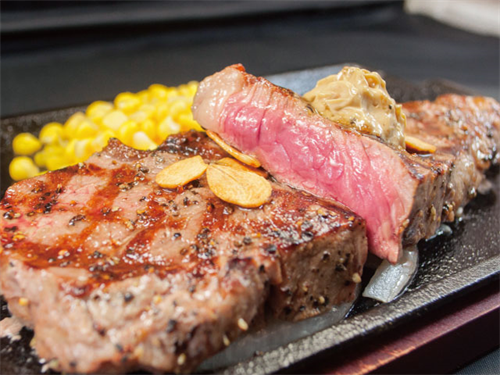アメリカ進出のいきなりステーキ 立ち食い・チップ廃止・グラム表示の「売り」を即捨てて大成功
