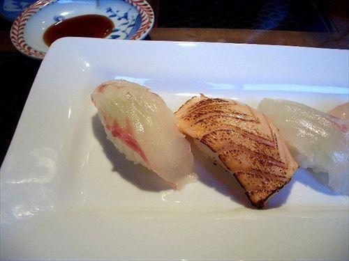 寿司通「ヒラメとかタイとかの白身のネタうまい」