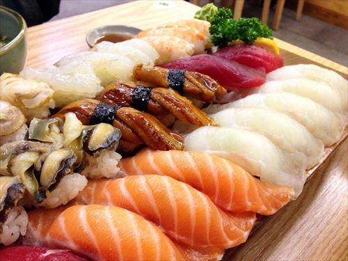 一番うまい寿司って結局サーモンなんだよな