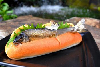 【京都】アユの塩焼きホットドッグが人気