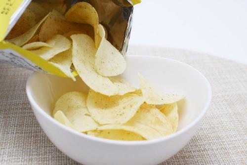 【朗報】幾千の「ポテトチップス」を食べてきたワイ、「最強のポテトチップス」を決定してしまう