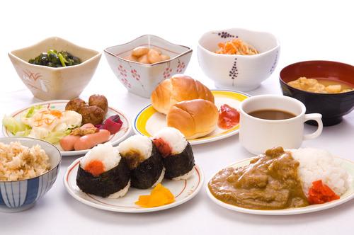 東横インの朝食バイキングwwwwwwwwwwww