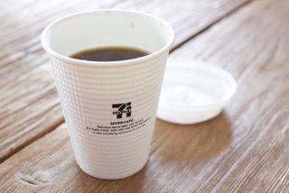 【200円で買える幸せ】セブンのコーヒーとベストマッチなお菓子ベスト3を発表します