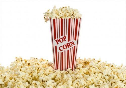 なぜ映画館でポップコーンを食べないといけないのか