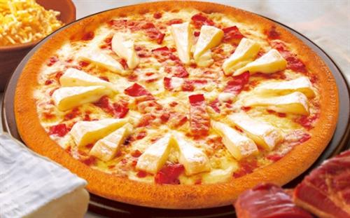 「宅配ピザが届いたぞ、さぁ食べよう!」 パカッ → なんと箱の中には札束が!!