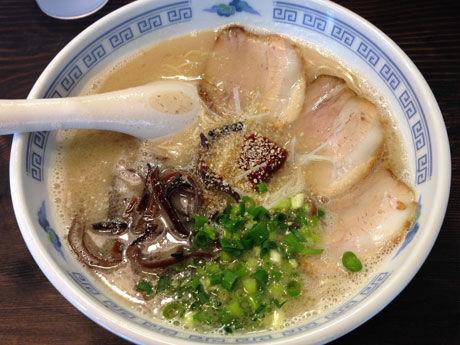 北九州小倉のラーメン新店「まるいち」 5月末まで替え玉無料 3人で17玉食べた家族やひとりで7玉完食も