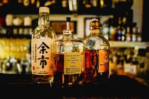 whiskey-2171646_640_R