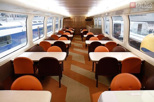新幹線から食堂車が消えた理由は?