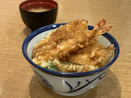 「天丼てんや」が大阪から撤退を発表