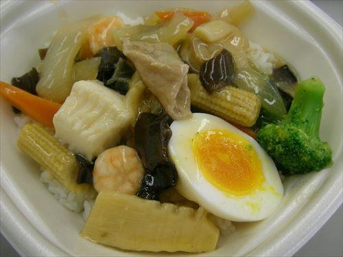 だいたいの中華料理はご飯の上に乗せて○○丼にしてもおいしい説