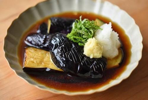 【悲報】ナスの美味しい食べ方、「天ぷら」と「肉と炒める」しかない・・・