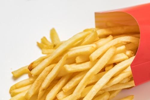 店内飲食禁止もマクドナルドの売り上げが好調 客数が19%減るも客単価が31%も増える