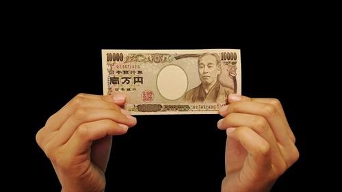【悲報】月の食費一万円で生活、やはり不可能だった