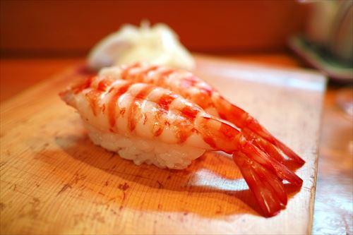 高級寿司屋に行ってみたいのだが どういう感じでネタ頼めば 職人さんにコイツ分かってるなと認識されるの?