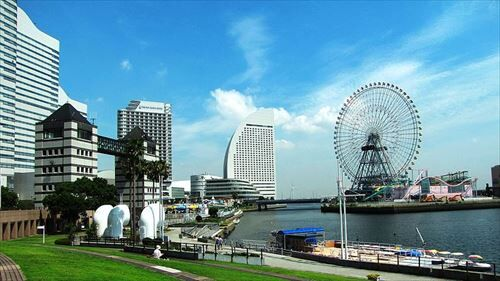 横浜で一人暮らししてみたいんやけど、どこに住むのがええんやろか?
