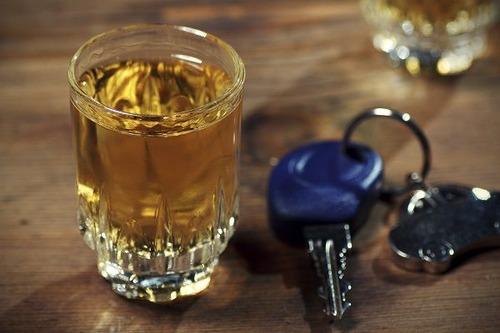 飲酒運転したことある?高齢男性は半数以上が「経験あり」