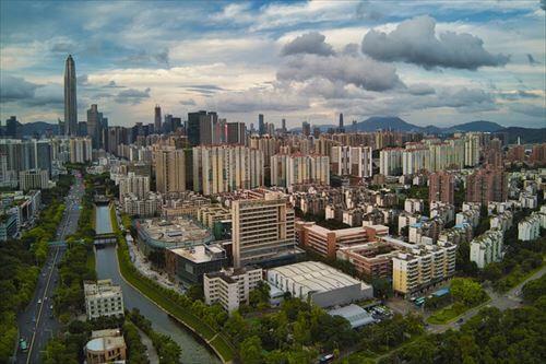 中国の深センってとこに住んでるけど質問いただけますか?