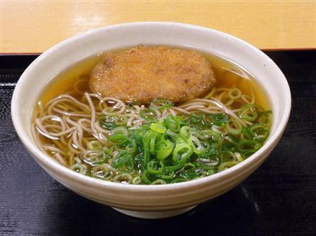 コロッケそばの発祥は大阪らしい。だがあまり人気はない。