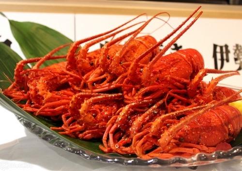 伊勢海老の漁獲高は千葉が日本一!9月に開催されるイセエビ祭りにお前らも来いよ!