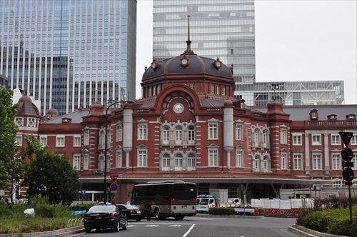 東京都でお土産を買いたいのですが、お手数をお掛け致しますが御教授願えないでしょうか