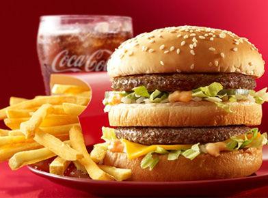 ハンバーガーとコカ・コーラを生み出したアメリカ人に感謝
