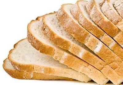 最強の食パンの食べ方を考えたんだけど、結局マーガリンの上にスライスチーズだけでいいと思う
