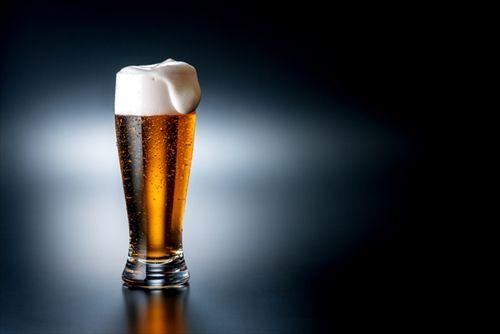 酒の安売り、規制へ 取引基準従わなければ免許取り消しも。