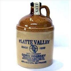 トウモロコシが原料のウイスキー「コーンウイスキー」