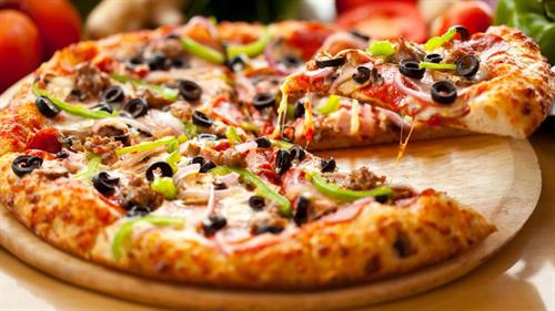 ピザ食べ放題 VS フライドチキン食べ放題 VS ケーキ食べ放題