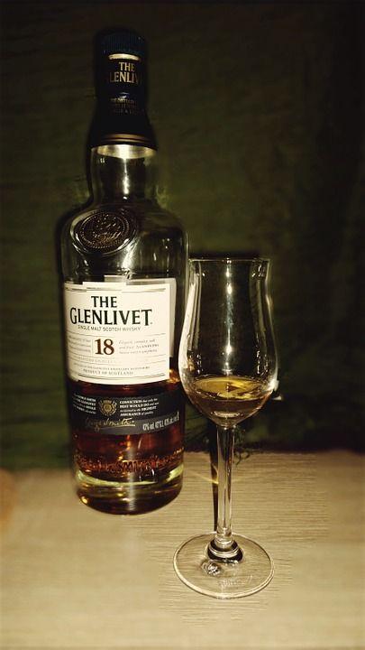 whisky-542343_960_720