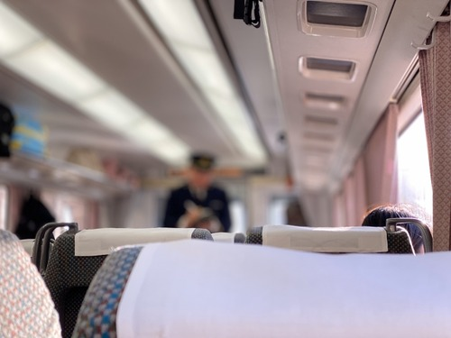 東京の大学生ワイ、親から緊急事態宣言が出される前に帰ってこいと通達を受ける