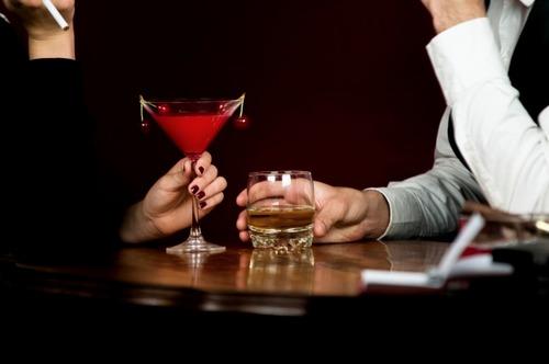 酒飲んで調子乗ってイキってオラついて軽く記憶飛ばして次の日鬱になる