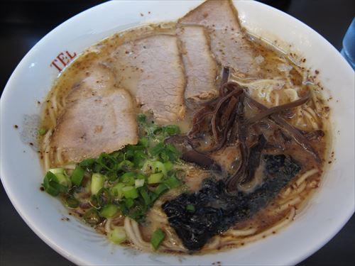 福岡「豚骨ラーメン」 長崎「ちゃんぽん」 宮崎「辛麺」 沖縄「沖縄そば」