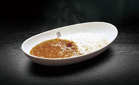 ついに回転寿司屋がカレーを出しちまった  カレーは酢と好相性?