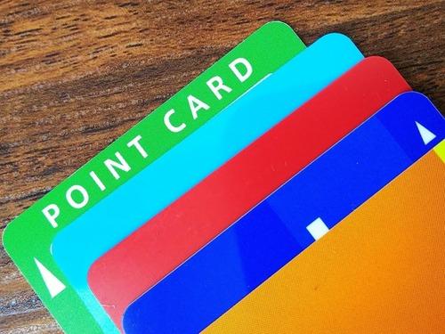 ポイントカードをアプリにする店あるけど、大体バグだらけのクソゴミなんだよな