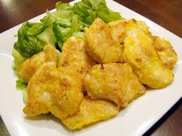 鳥ササミをイナバのタイカレーに漬けて小麦粉・片栗粉をまぶして多めの油で揚げ焼く。弁当のおかずにいい。