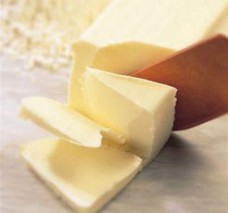 バター、7千トンの不足見込み 農水省は緊急輸入の方針