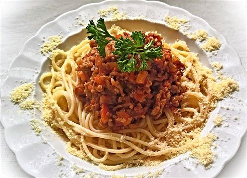 子供舌おじさん「ミートスパゲティ、カツカレー、親子丼!」←こいつら恥ずかしくないの?